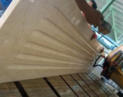 Running a column groove
